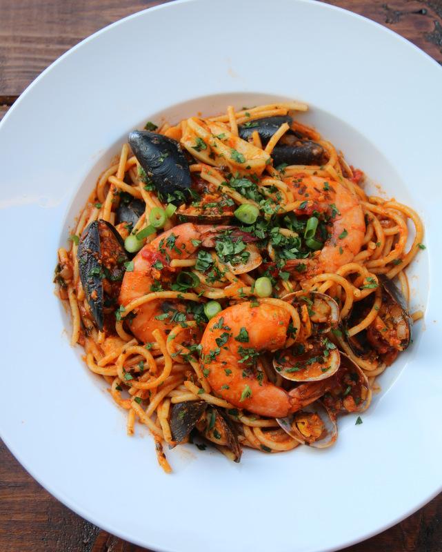 混合海鲜意大利面食谱