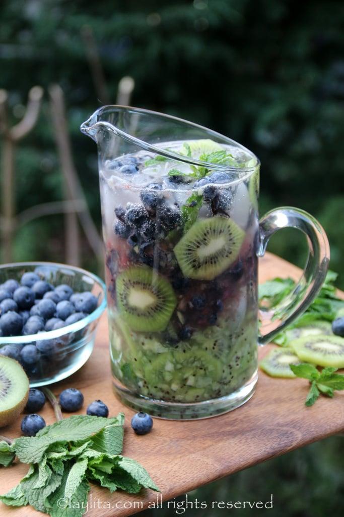 奇异果蓝莓莫希托