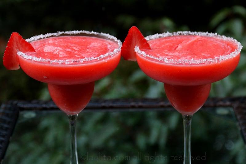 冷冻草莓玛格丽达酒