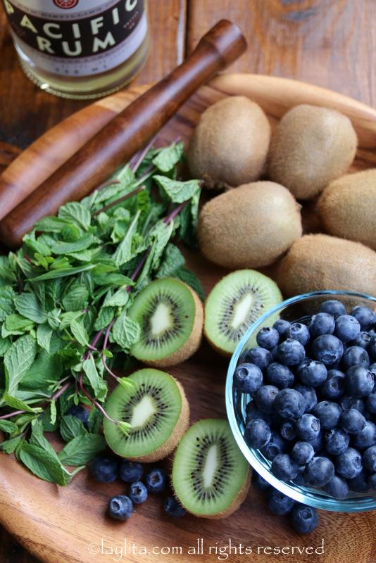 奇异果蓝莓莫希托食材
