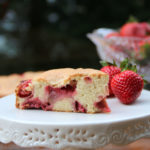 Simple and easy strawberry cake recipe