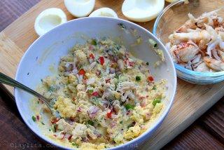 鸡蛋的蟹肉填充物