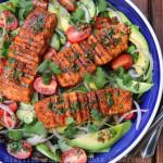 烤三文鱼牛油果沙拉