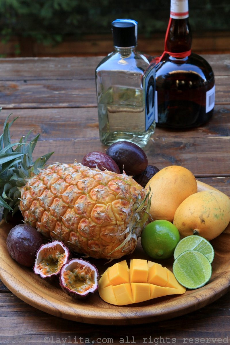 热带玛格丽塔鸡尾酒的材料